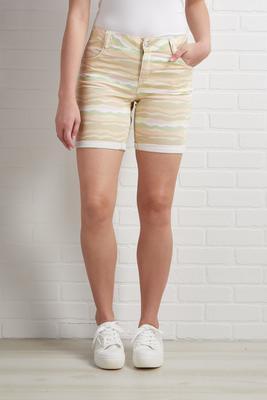 pretty in pastel shorts