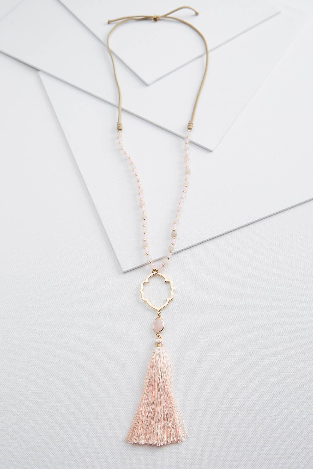 Rosy Pendant Necklace