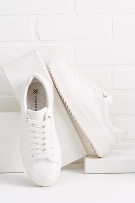 lug and pull sneakers