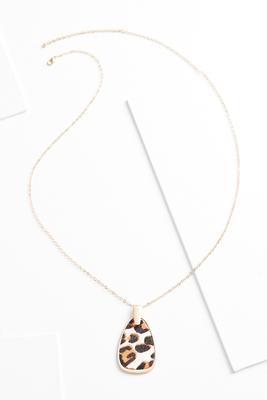 wild pendant necklace