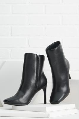 she`s chic booties