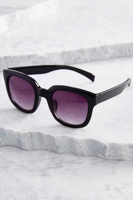 oversized retro sunglasses