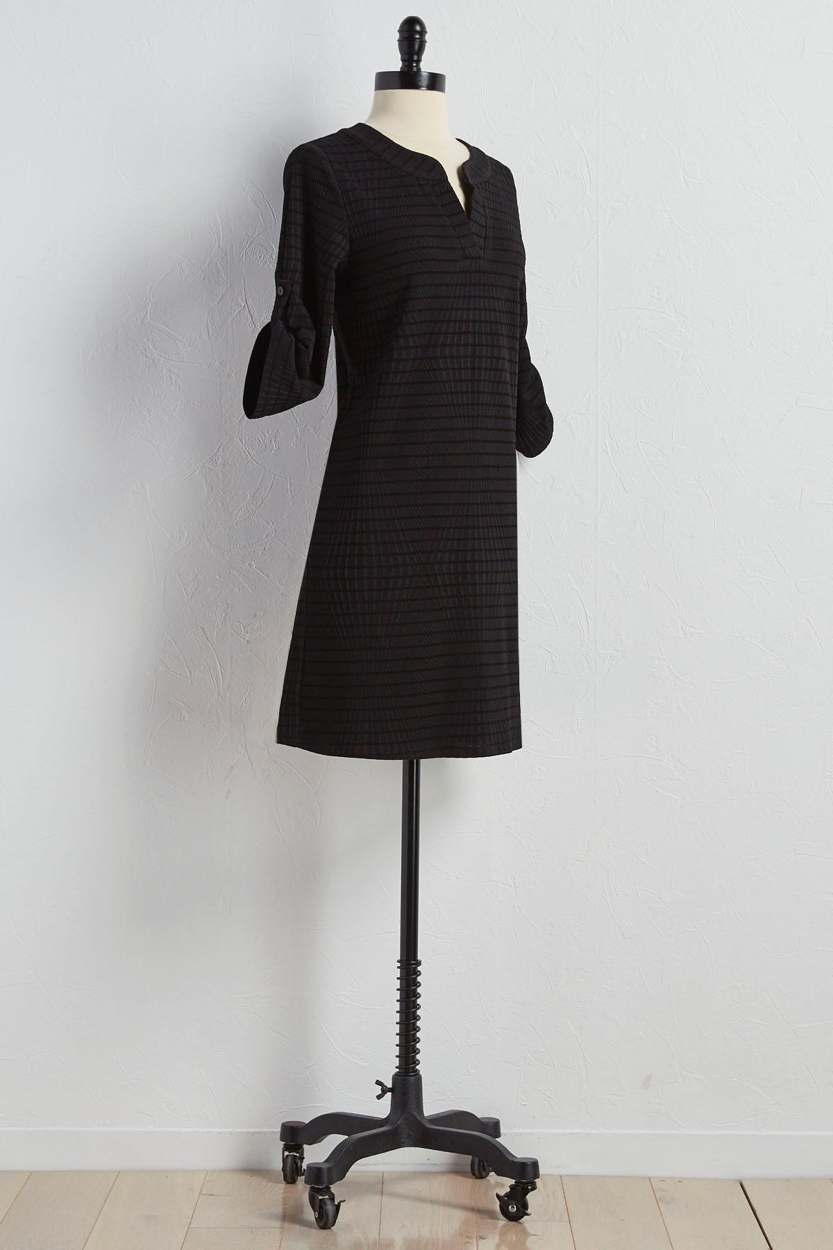 Geometric Textured Shift Dress