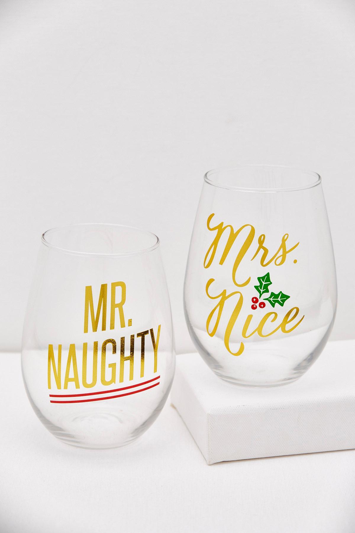 Mr.And Mrs.Christmas Glassware Set