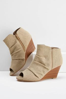 ruched linen wedges