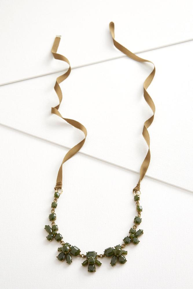 Cluster Stone Ribbon Necklace