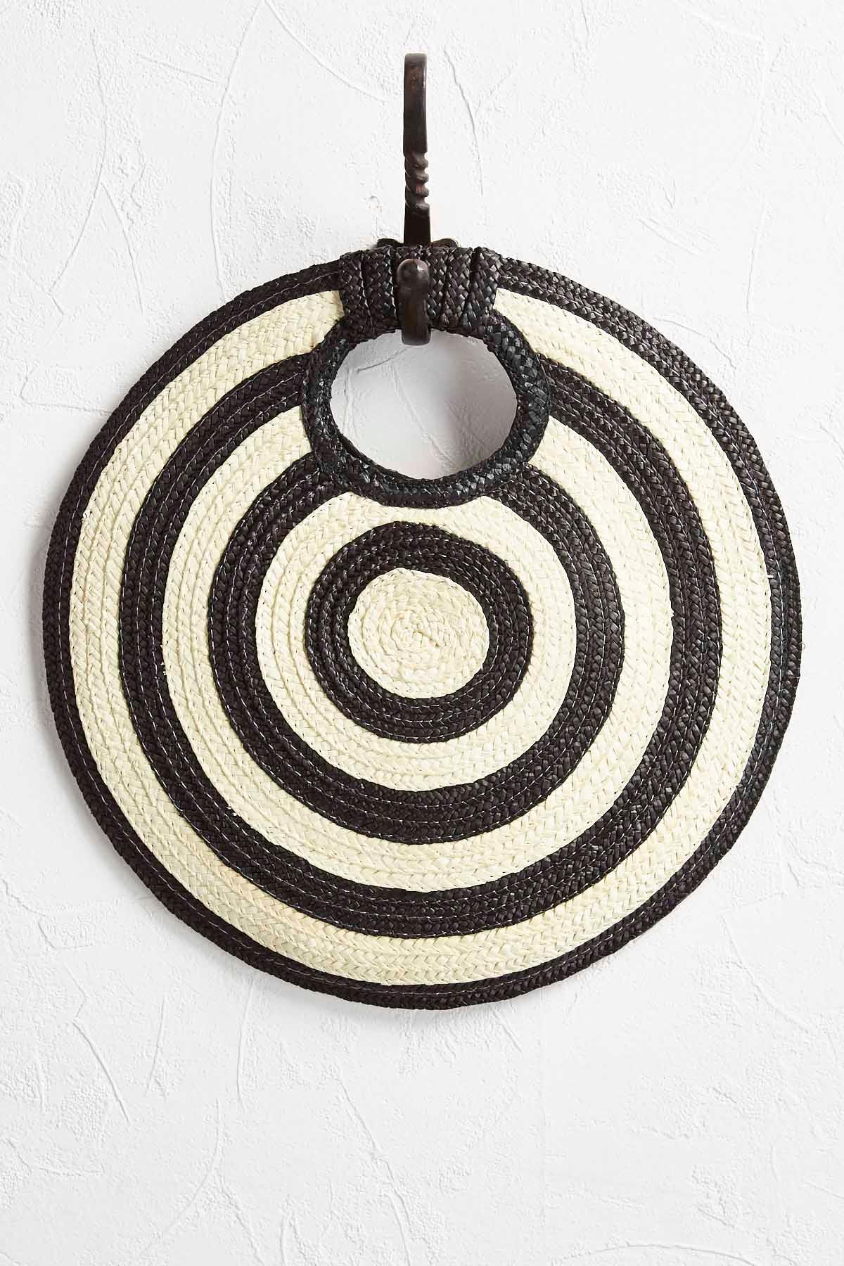 Hypnotic Circle Straw Clutch
