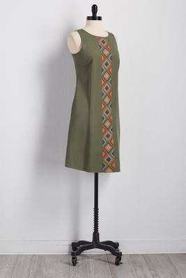 embroidered panel shift dress