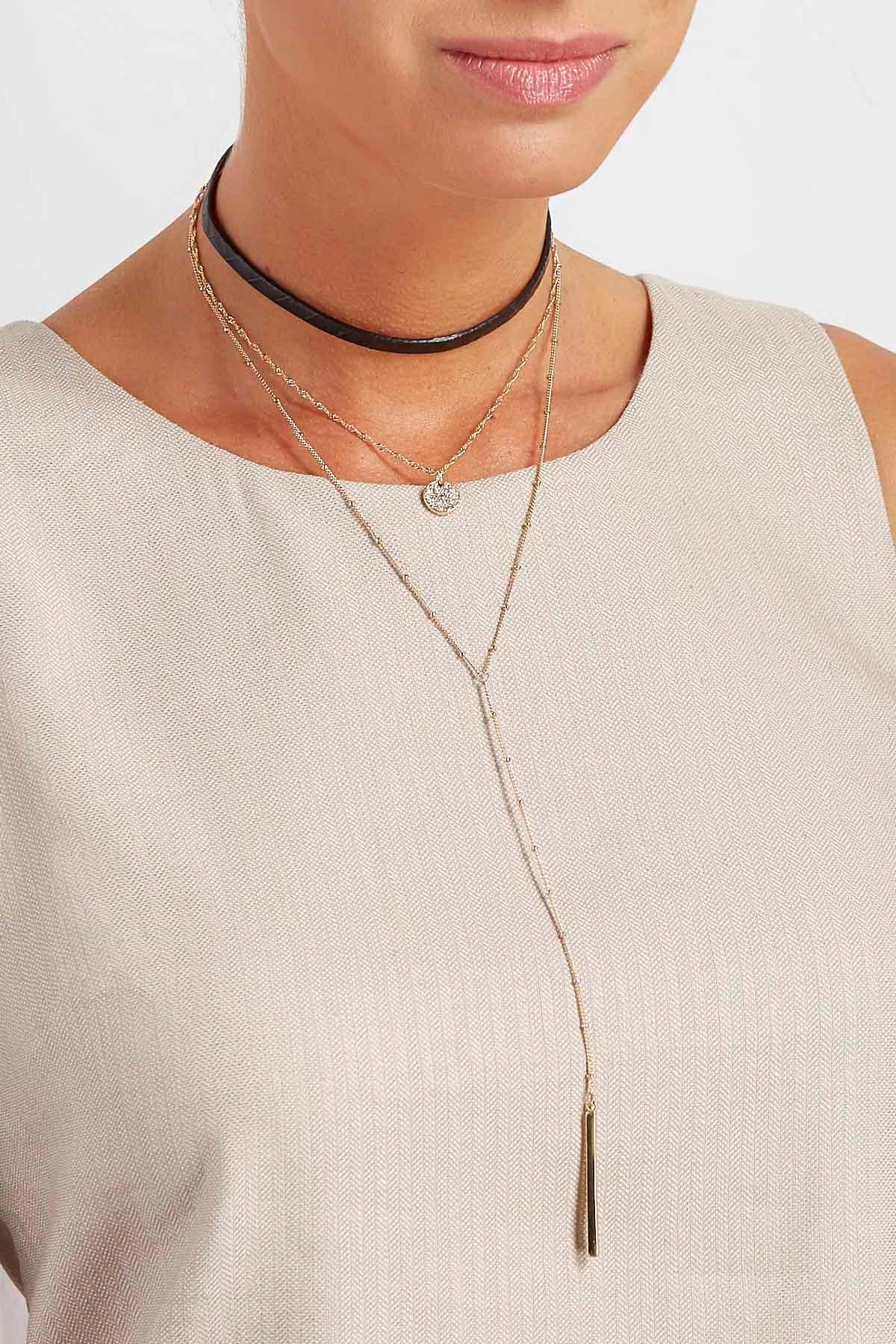 Layered Chain Pendant Choker