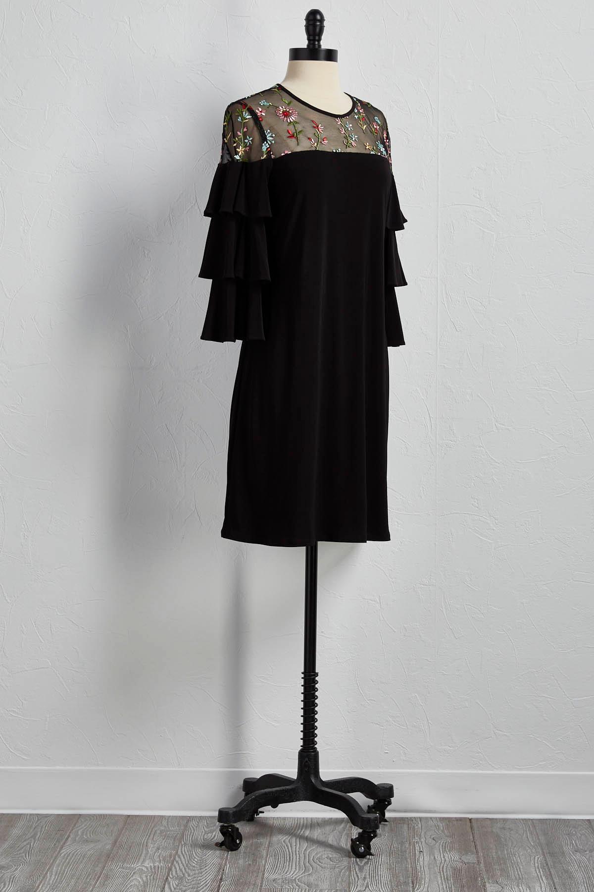 Embroidered Ruffle Sleeve Shift Dress
