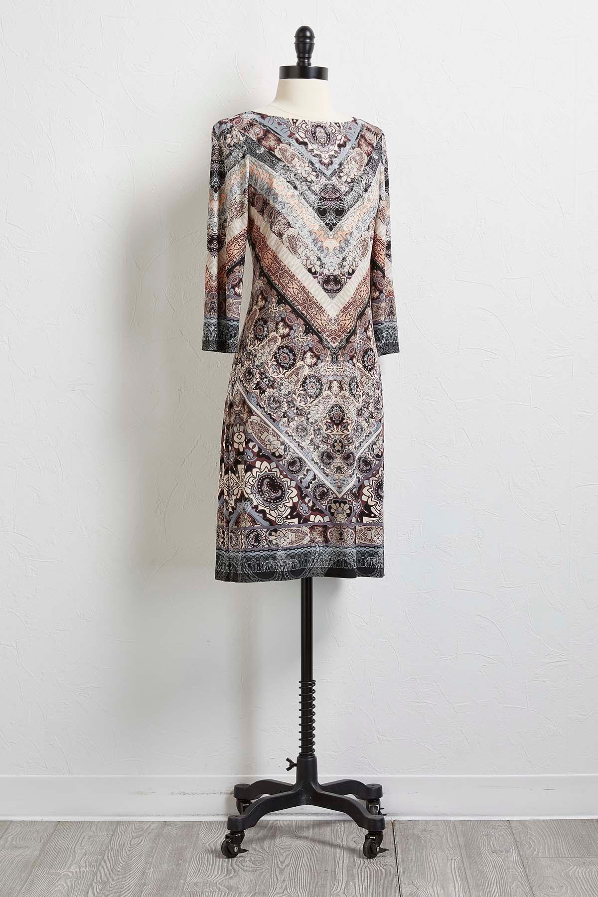 Mixed V- Print Shift Dress