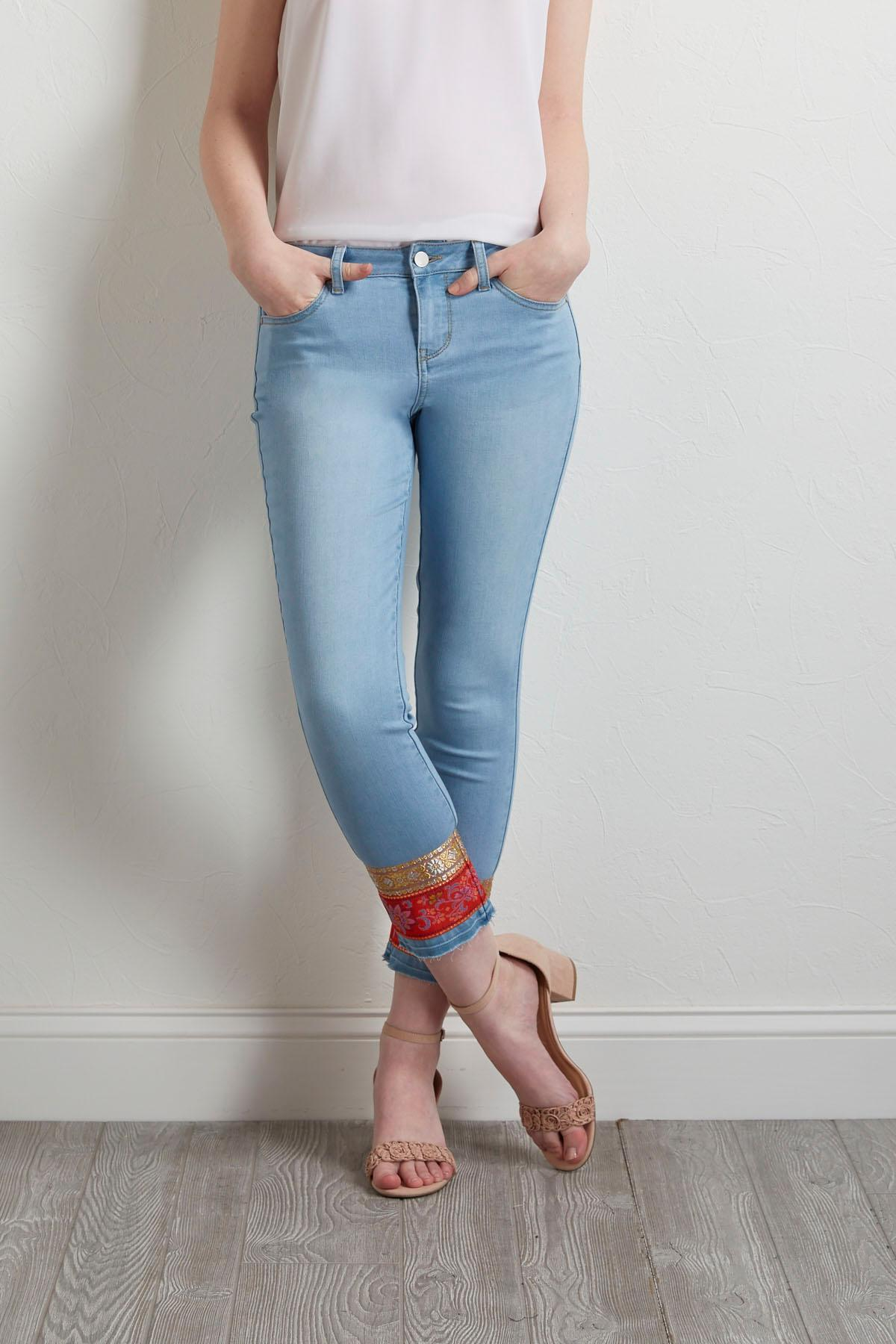 Cropped Tapestry Light Wash Jeans