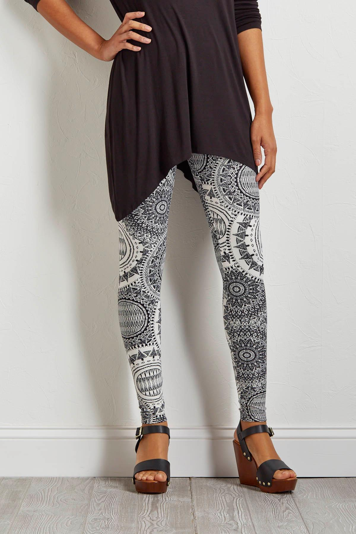Feather Soft Black And White Leggings