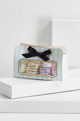vanilla macaroon bath fizzers
