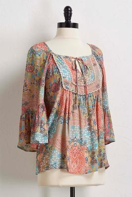 coral medallion poet top