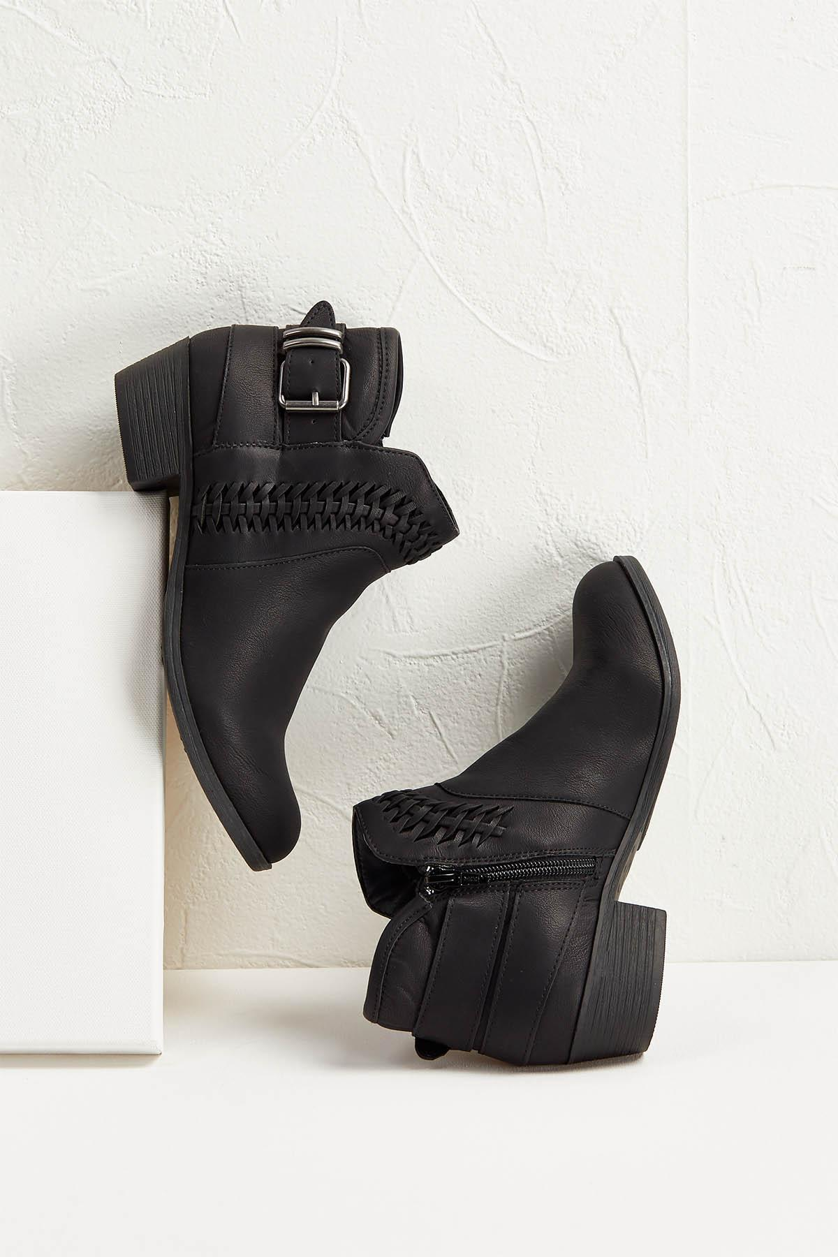 Braided Buckle Back Shooties