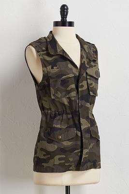 camo utility vest