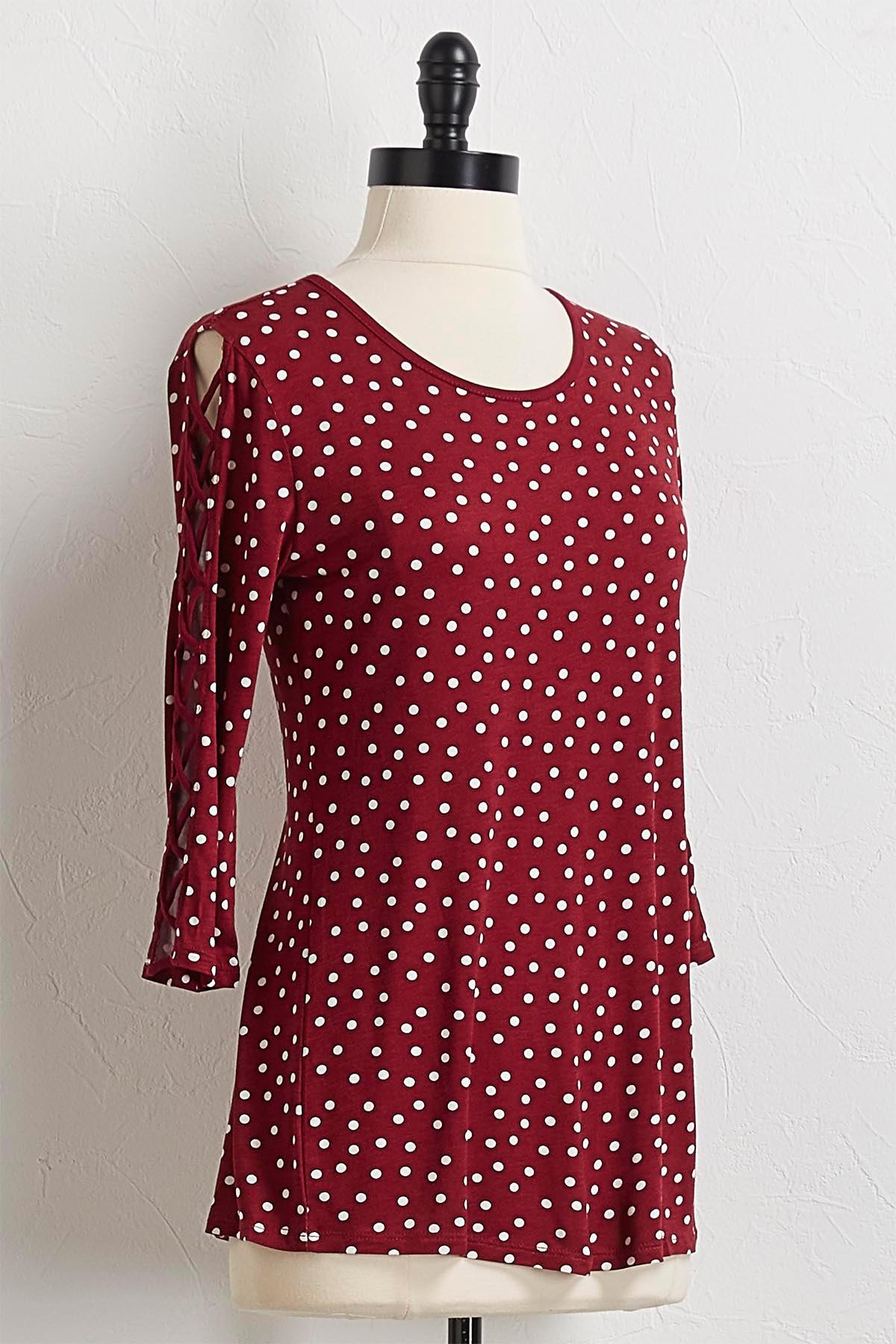 Dotted Lattice Sleeve Top