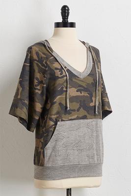 contrast camo hoodie
