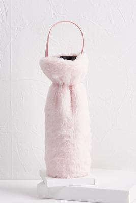 blush faux fur wine bag