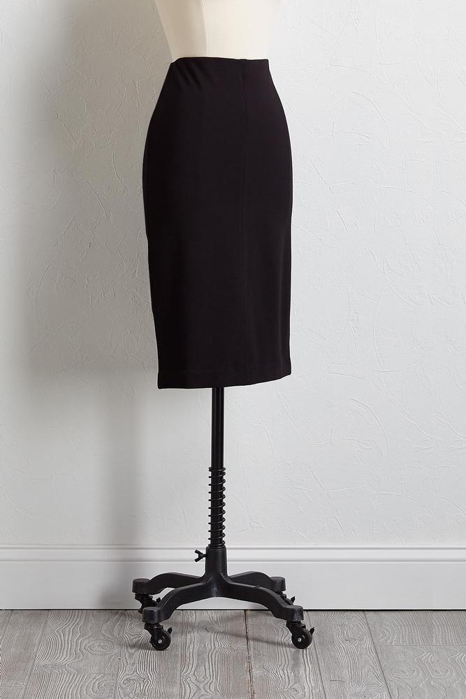 Slim Pull- On Skirt
