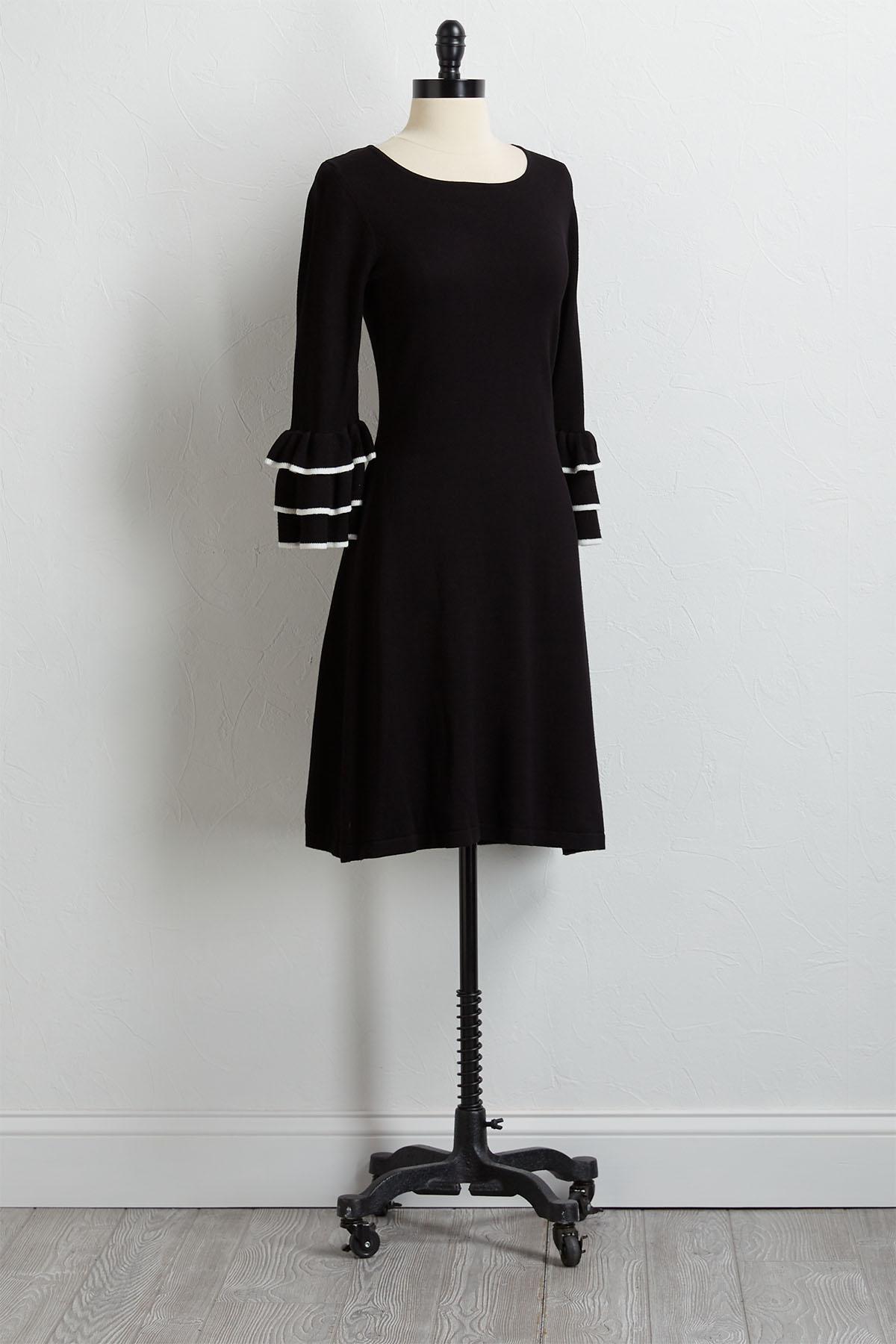 Black And White Ruffled Sweater Dress
