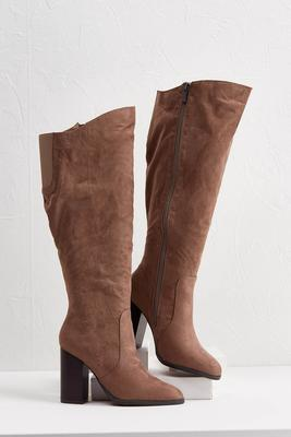 angled stretch boots