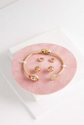 bracelet and earring gift set