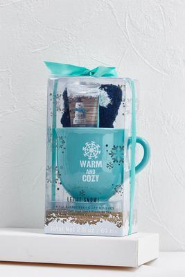 warm and cozy mug set