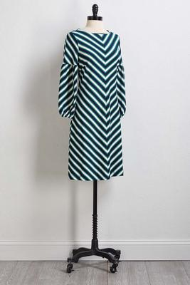 balloon sleeve shift dress