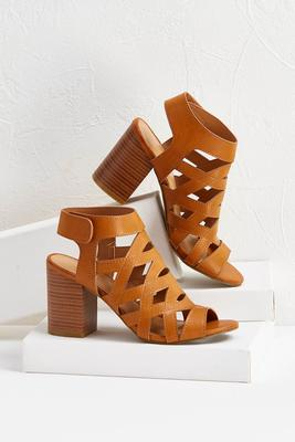 cutout peep toe shooties