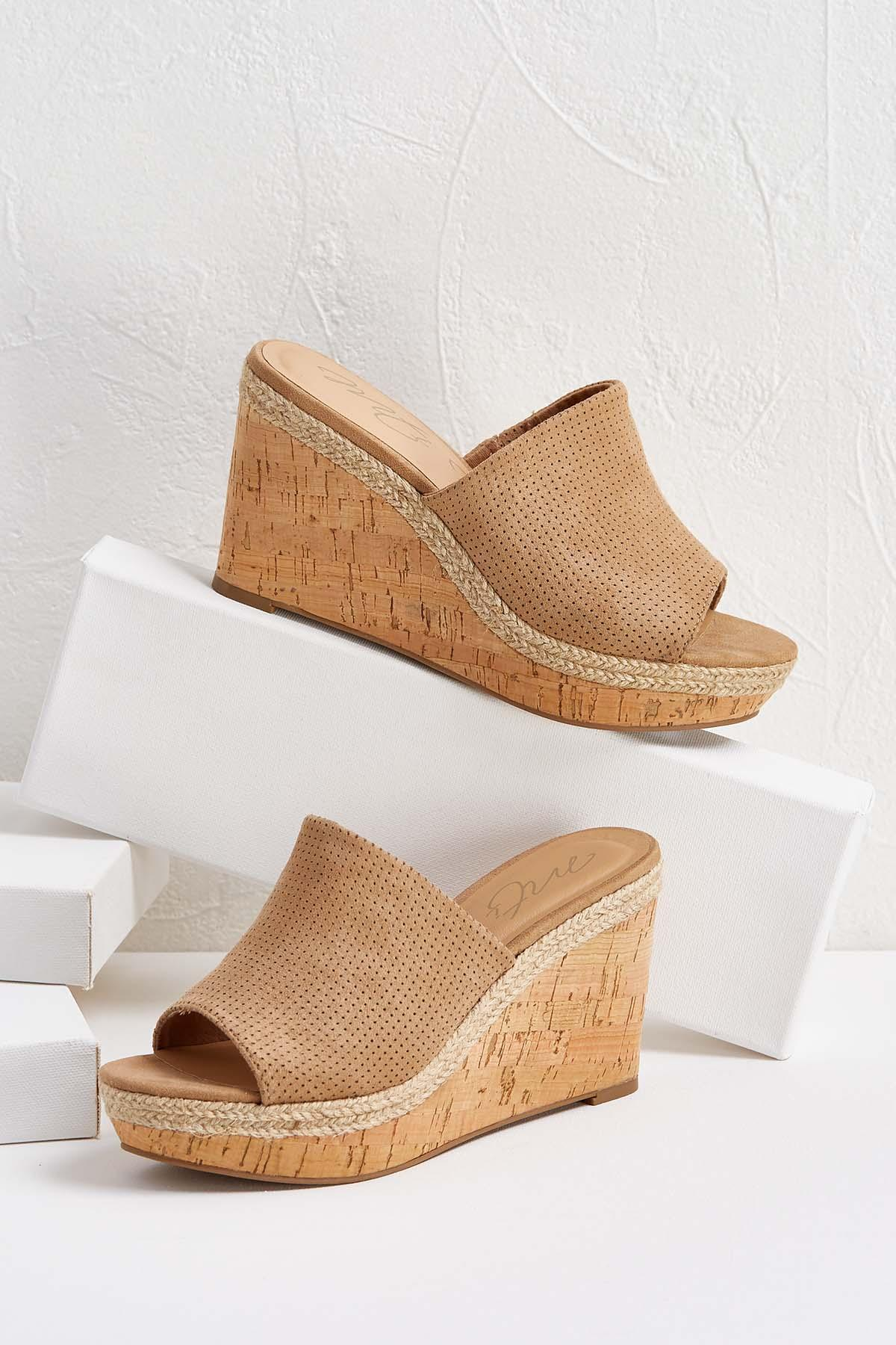 Perforated Cork Wedges
