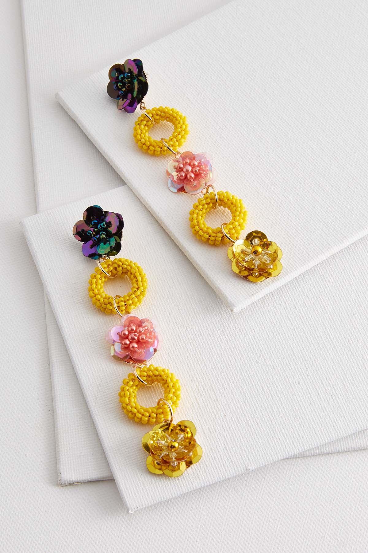 Dangling Floral Earrings