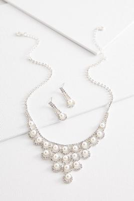 cluster pearl necklace and earring set