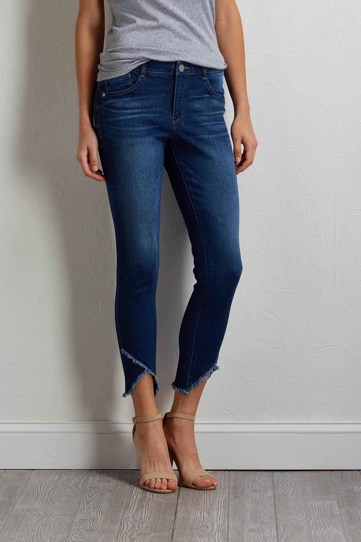 Cropped Frayed Tulip Jeans