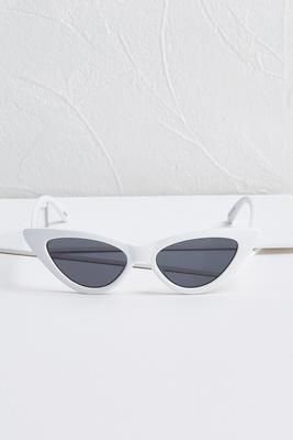 pointy cat eye sunglasses
