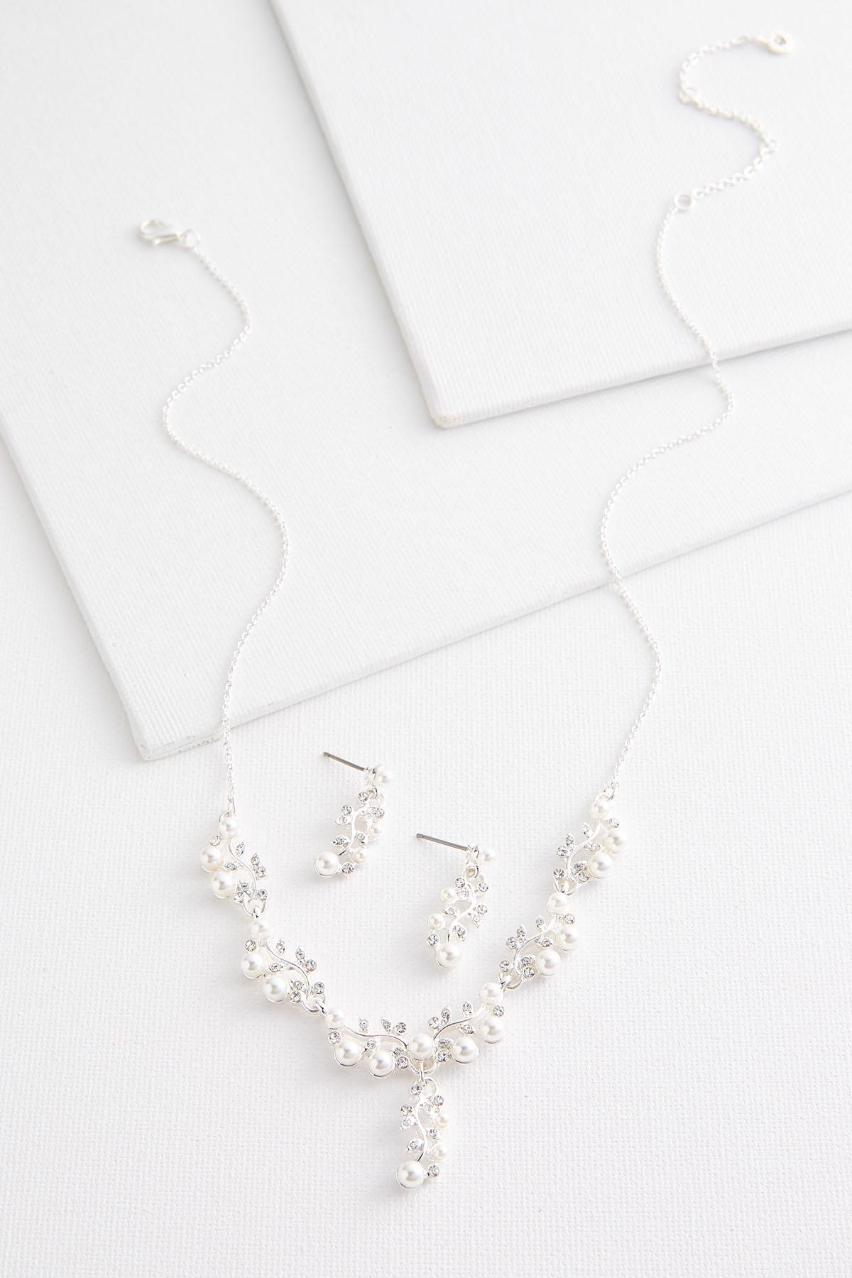 Pearl And Rhinestone Necklace Set