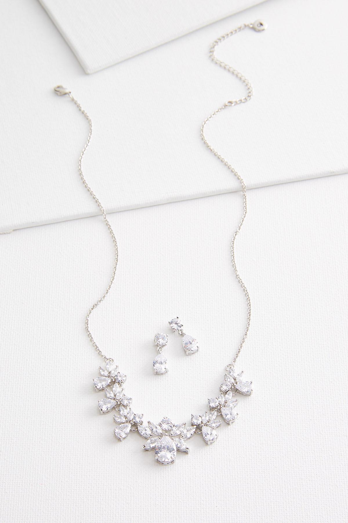 Cluster Stone Necklace Set