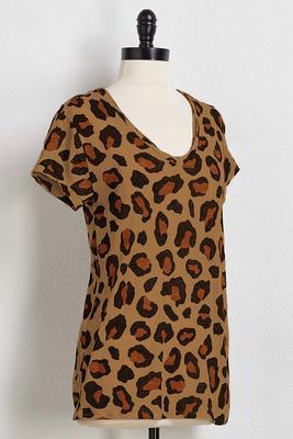 v-neck leopard tee