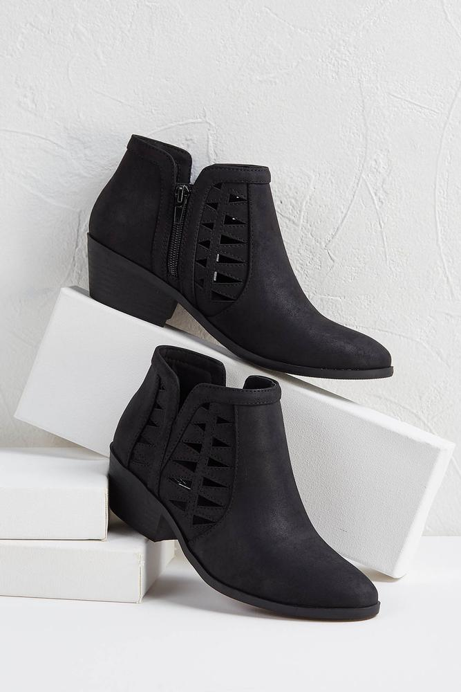 Triangular Perforated Booties