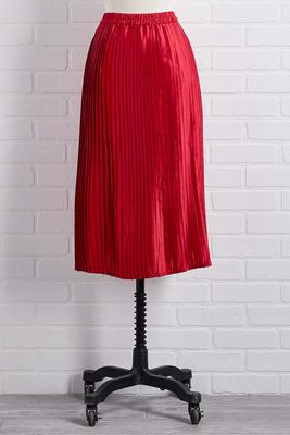 i`ll take red pleats