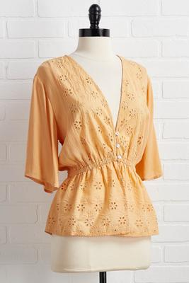 eyelet love you top