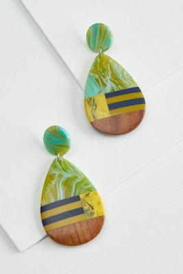 hint of lime earrings