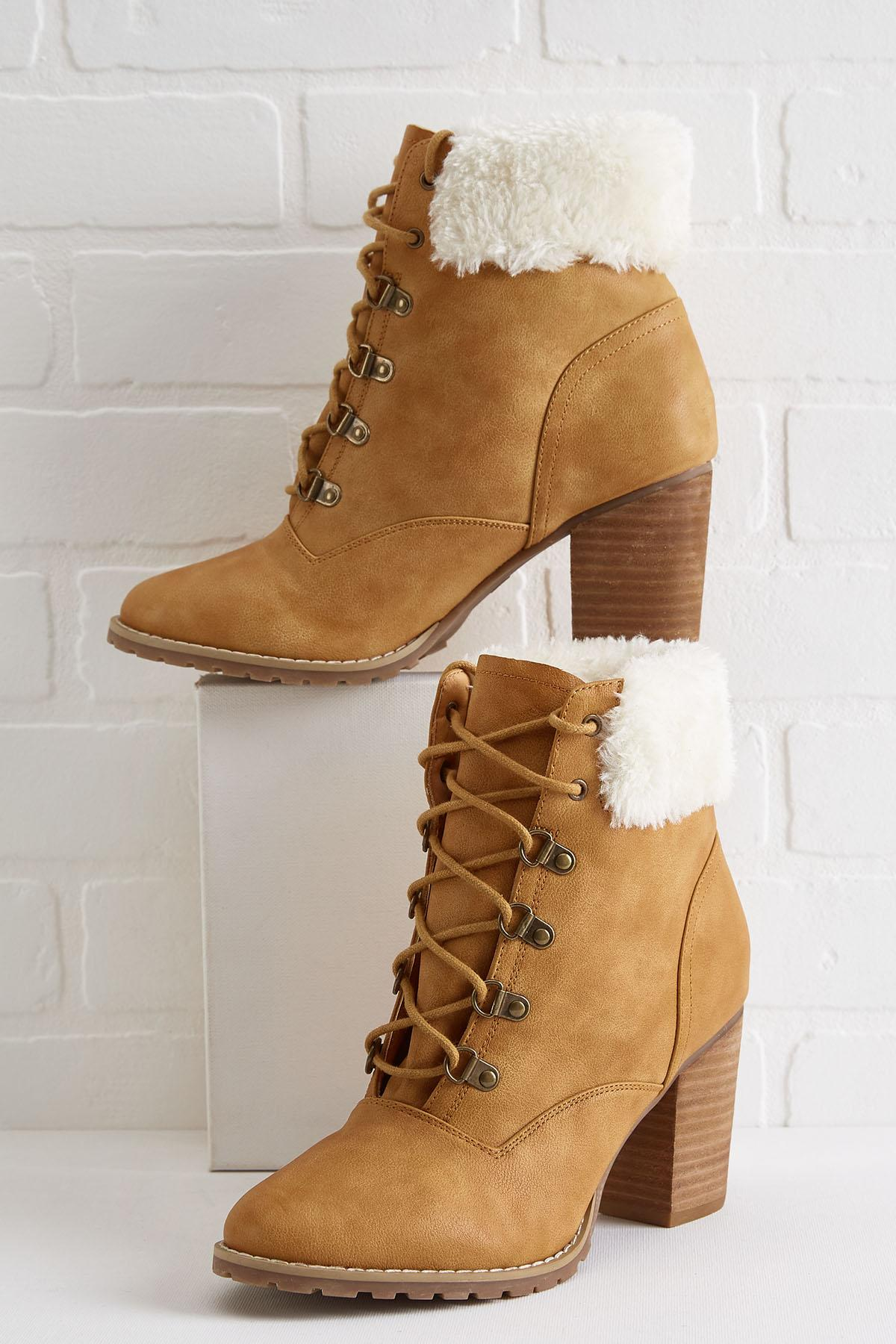 Sherpa Hiker Boots