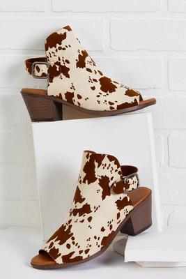 moo-ve and groove mules