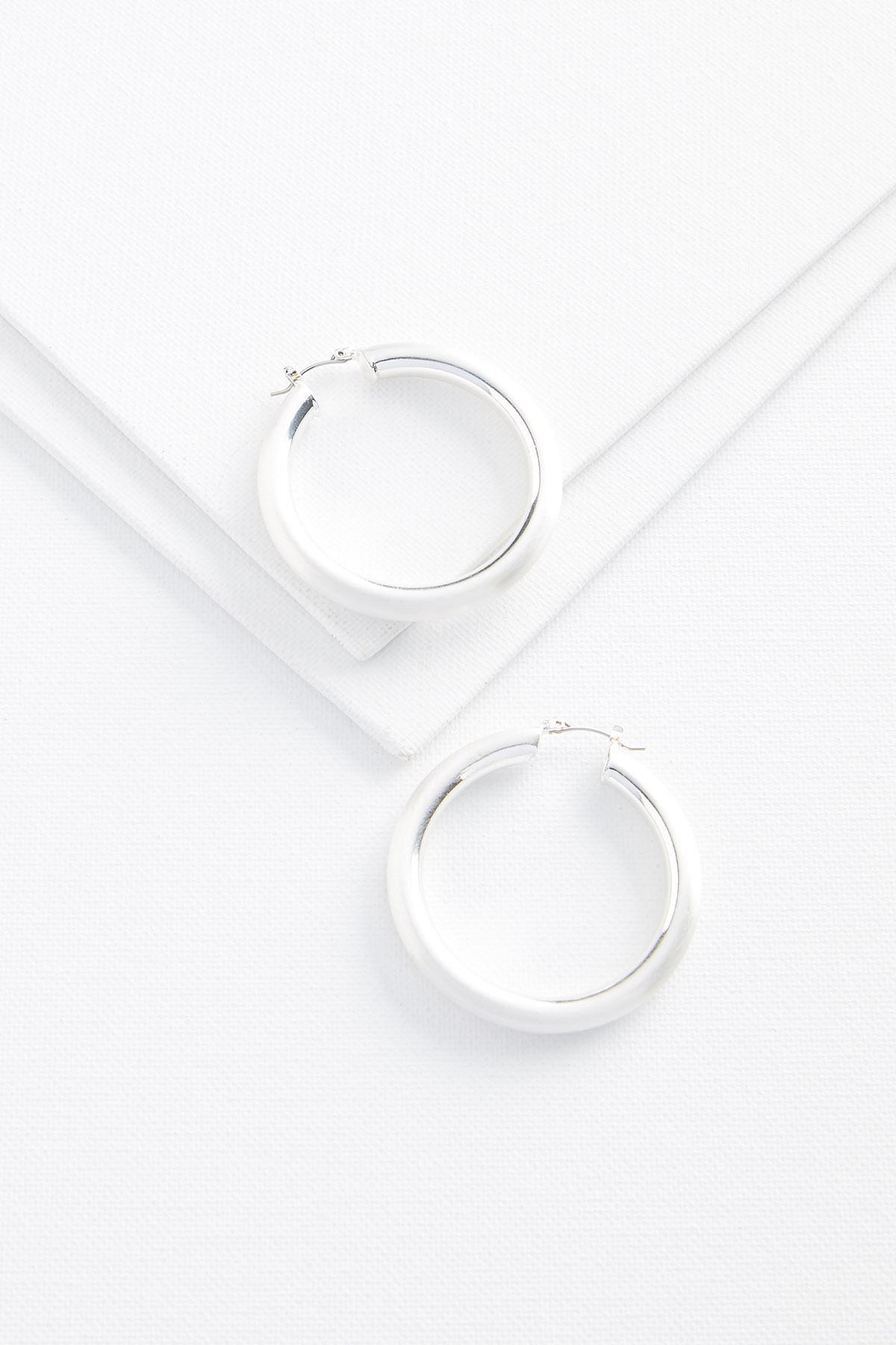 Essential Hoop Earrings