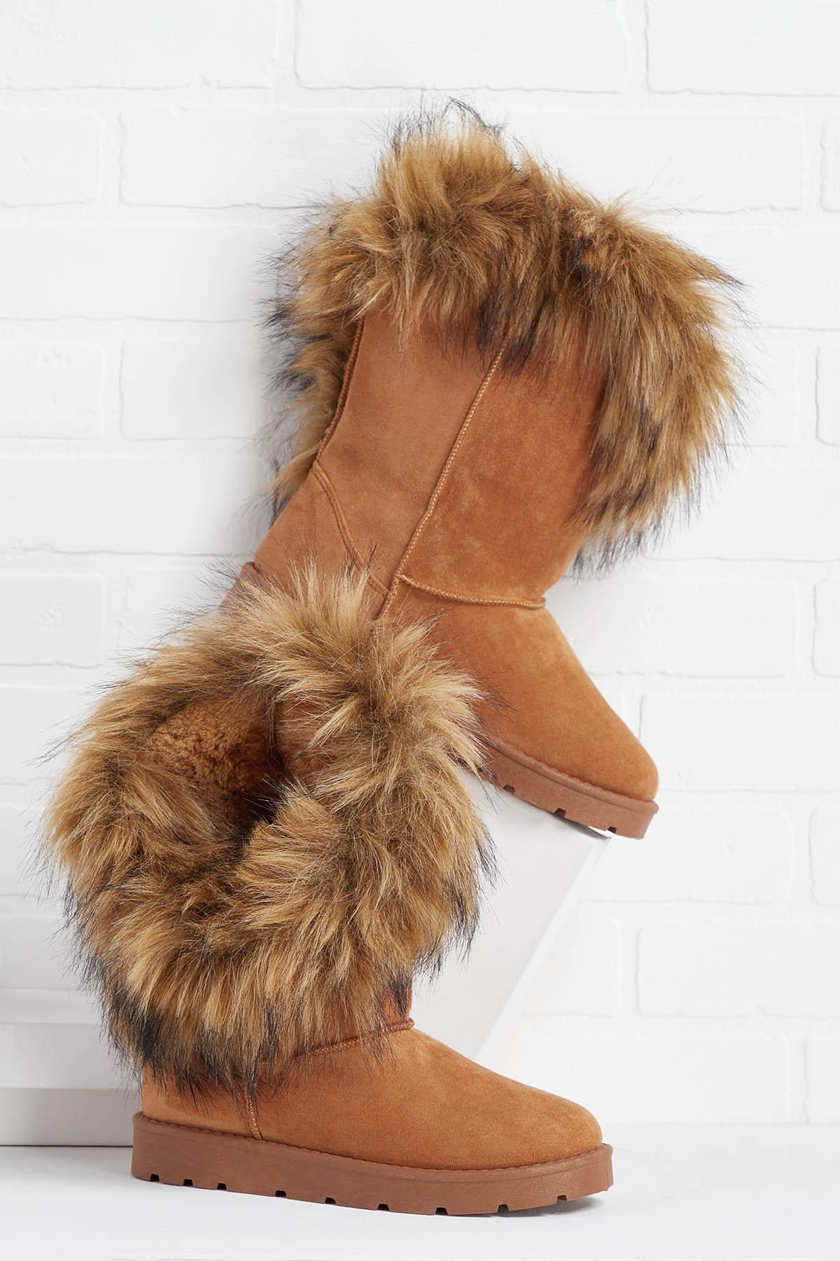 Head To Cozy Boots
