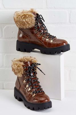 mountain retreat booties