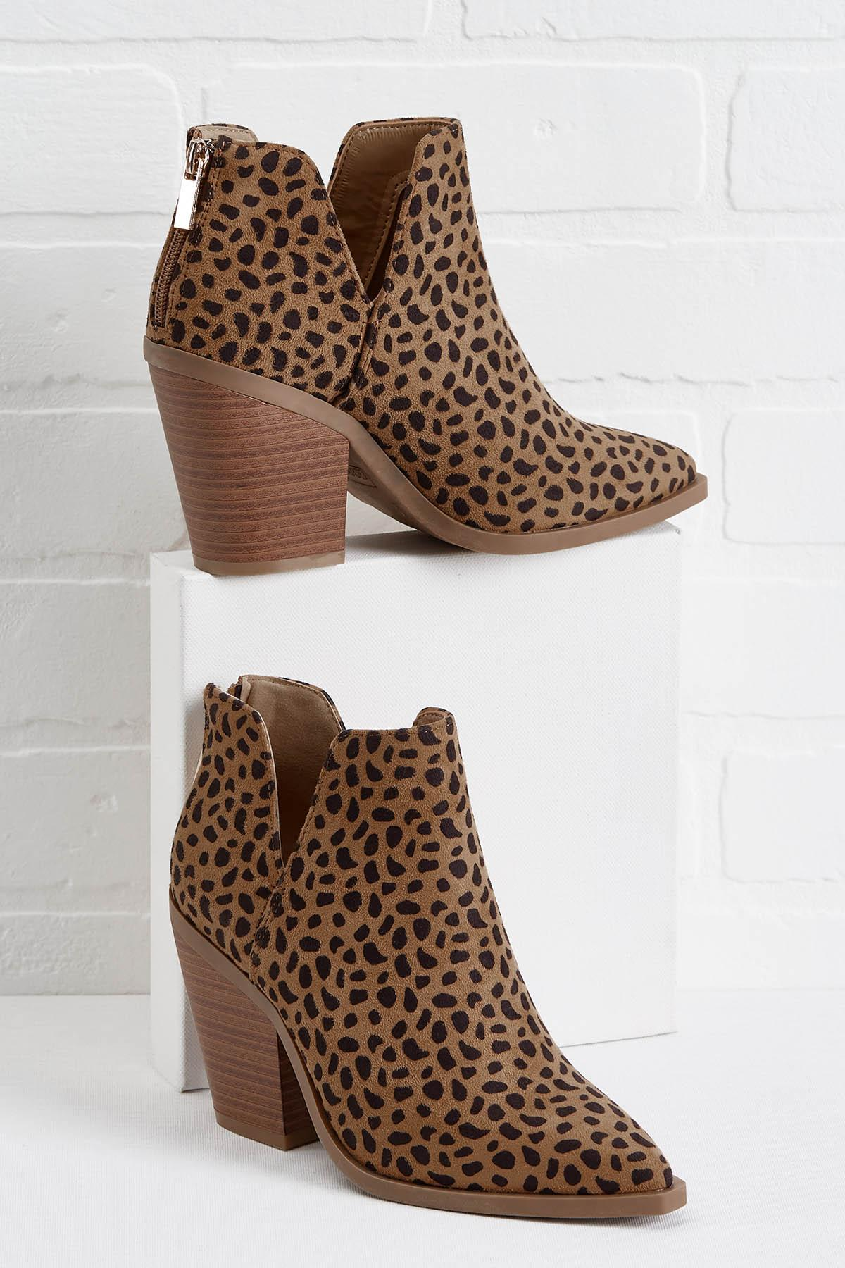 Prowl Around Town Booties