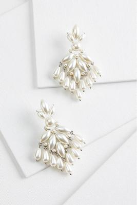 pretty pearl shaky earrings
